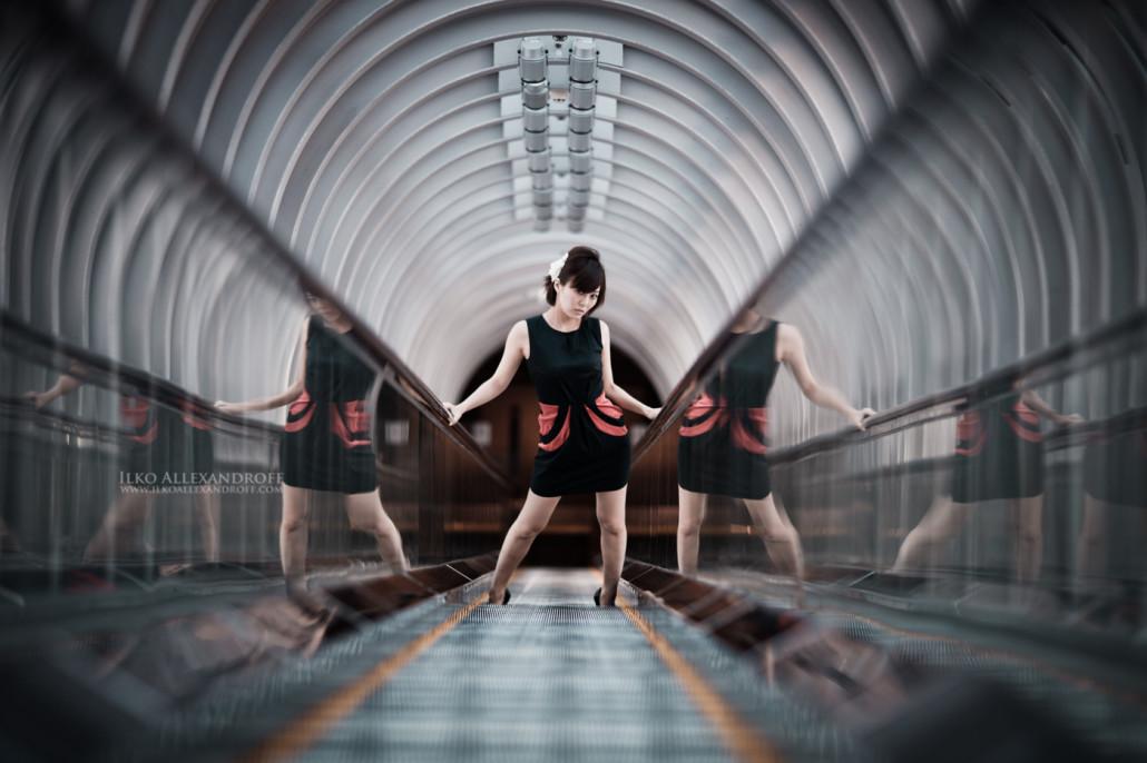 大阪スカイビル エスカレーター ポートレート